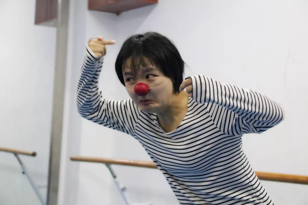 stage-clowns-matapeste-chine-xi-an-640-25.jpg